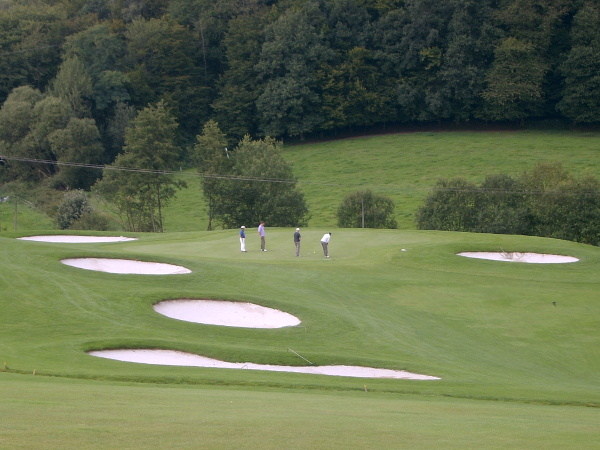 Golf Golfen Sport Grün | Hotel im Park | Hotel garni Frühstückshotel | Bad Iburg Osnabrück |Buchung Reservierung | Zimmer Hotelzimmer | Aktivitäten Anfahrt